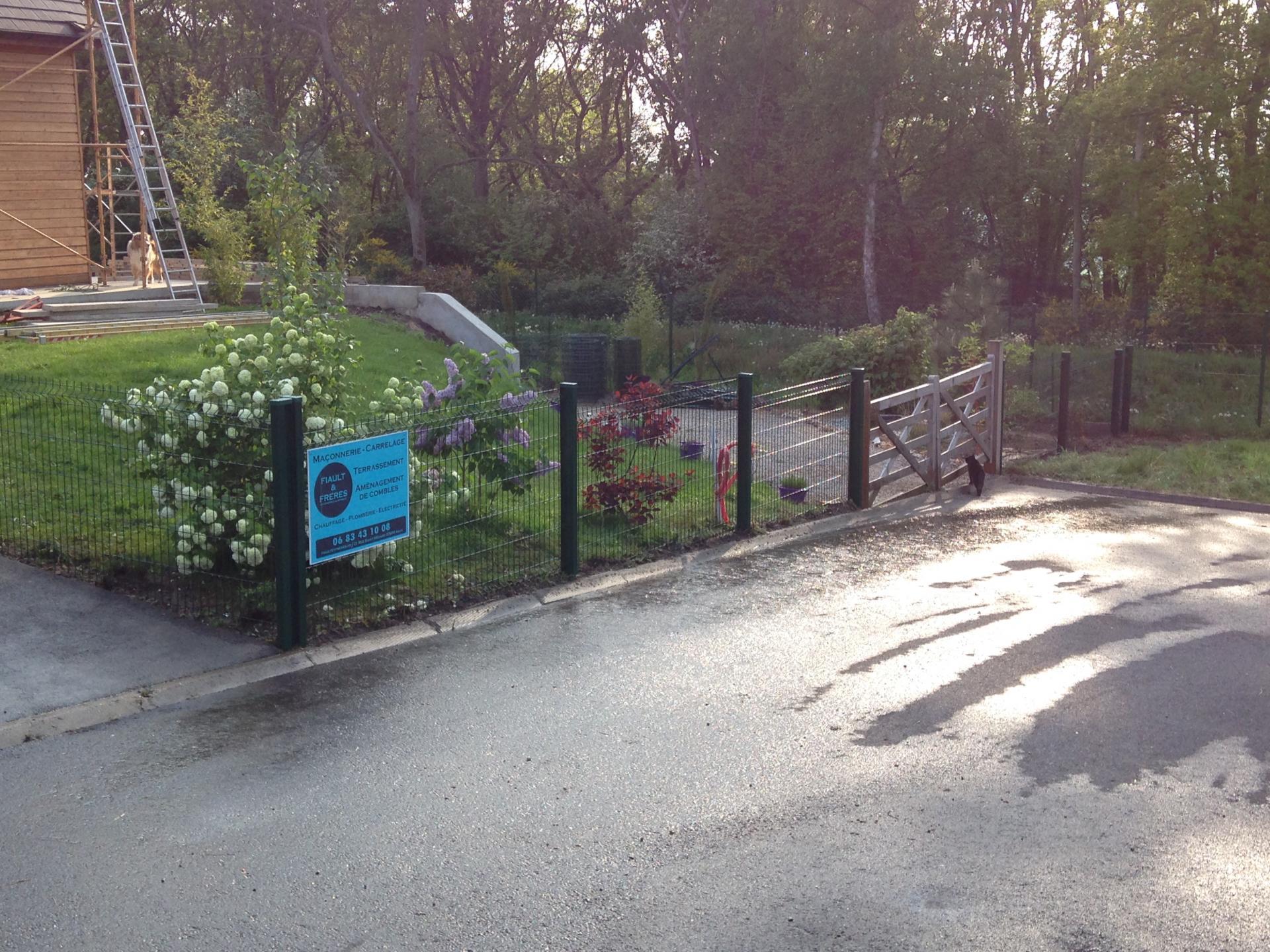 Cl ture et portail louviers evreux pacy sur eure for Piscine louviers