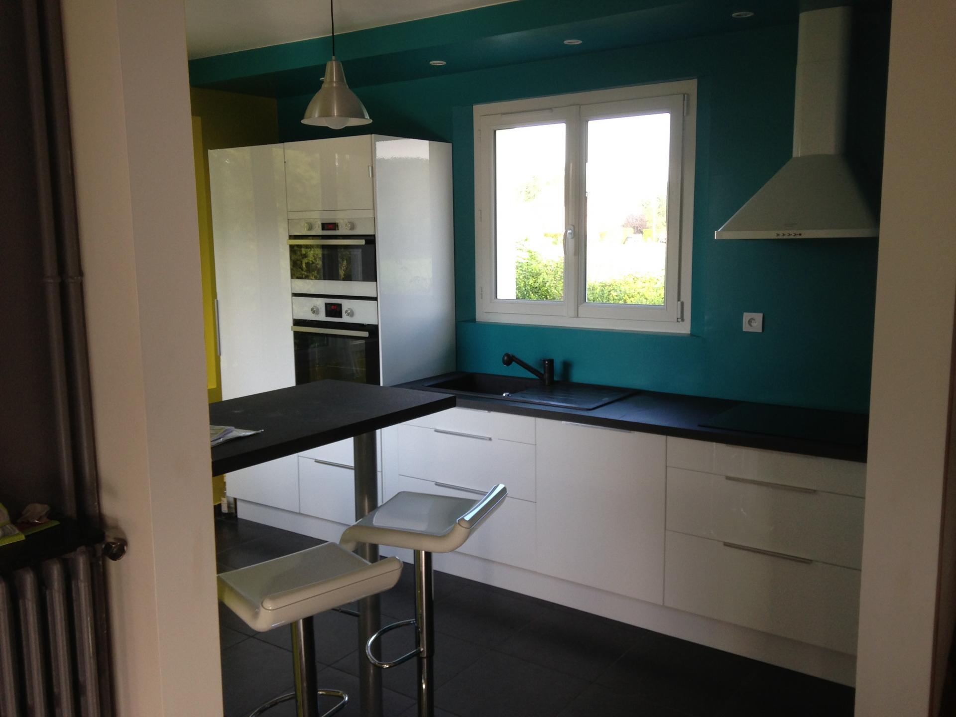 R novation de cuisine au vaudreuil ma onnerie plomberie - Renovation carrelage cuisine ...