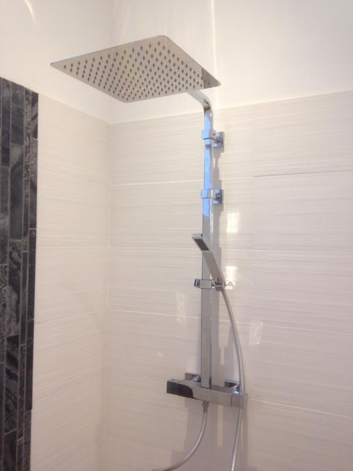 Colonne de douche Païni à Louviers