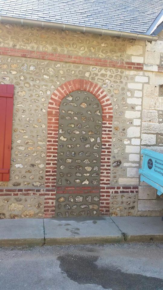 Condamnation de porte à Hondouville près d'Acquigny
