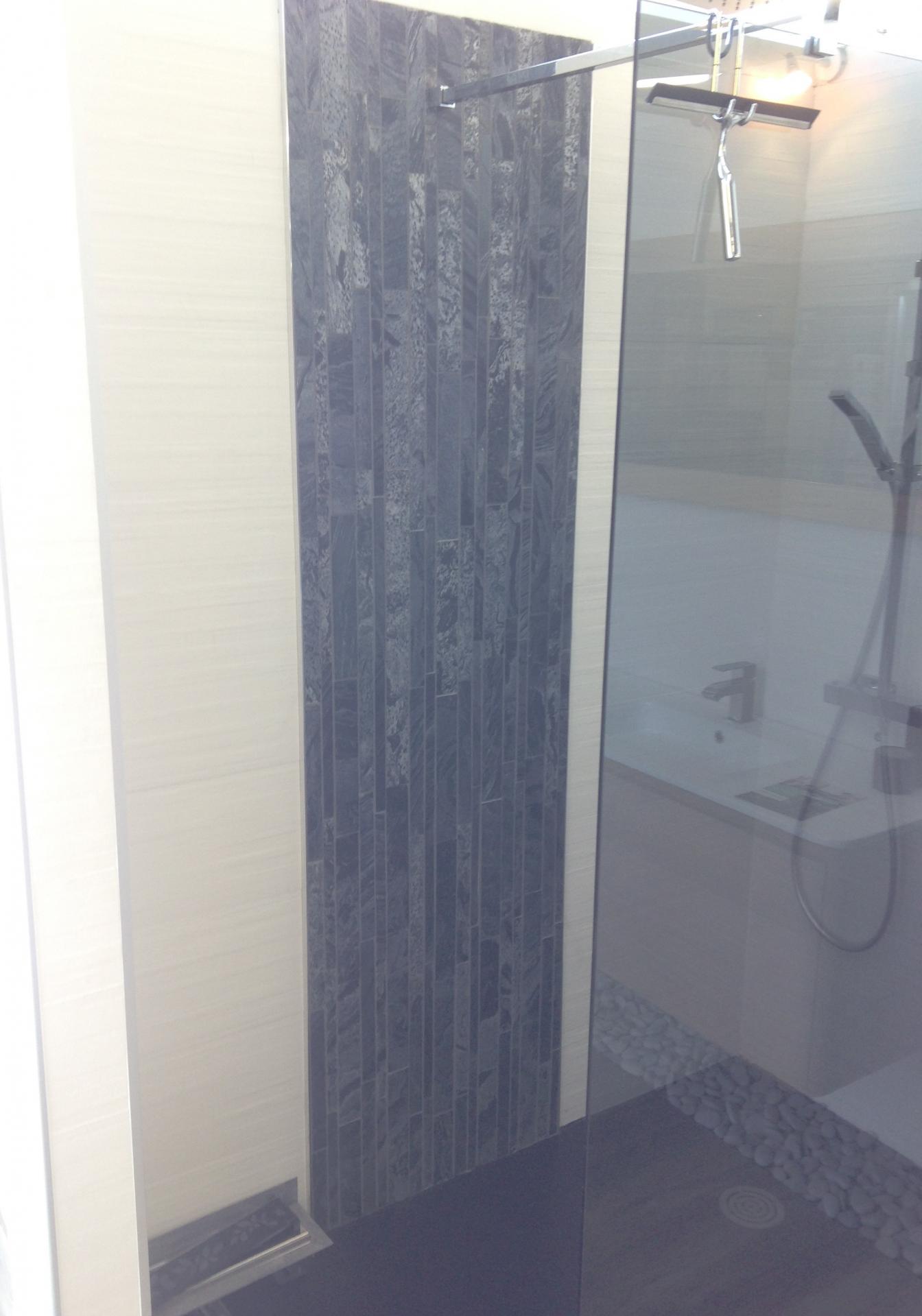 Création de salle de bain douche à l'italienne
