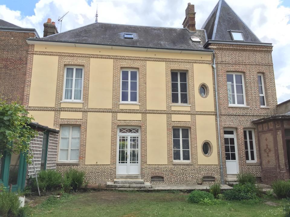 Façade en briques rénovation à Louviers