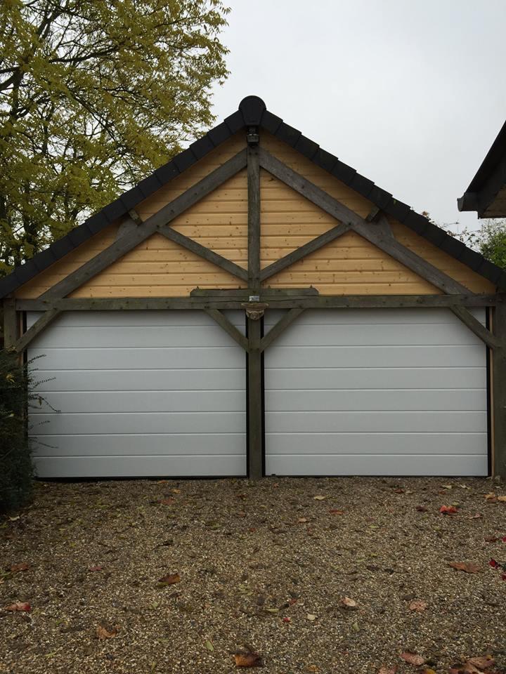 Porte de garage sectionnelle près de Louviers