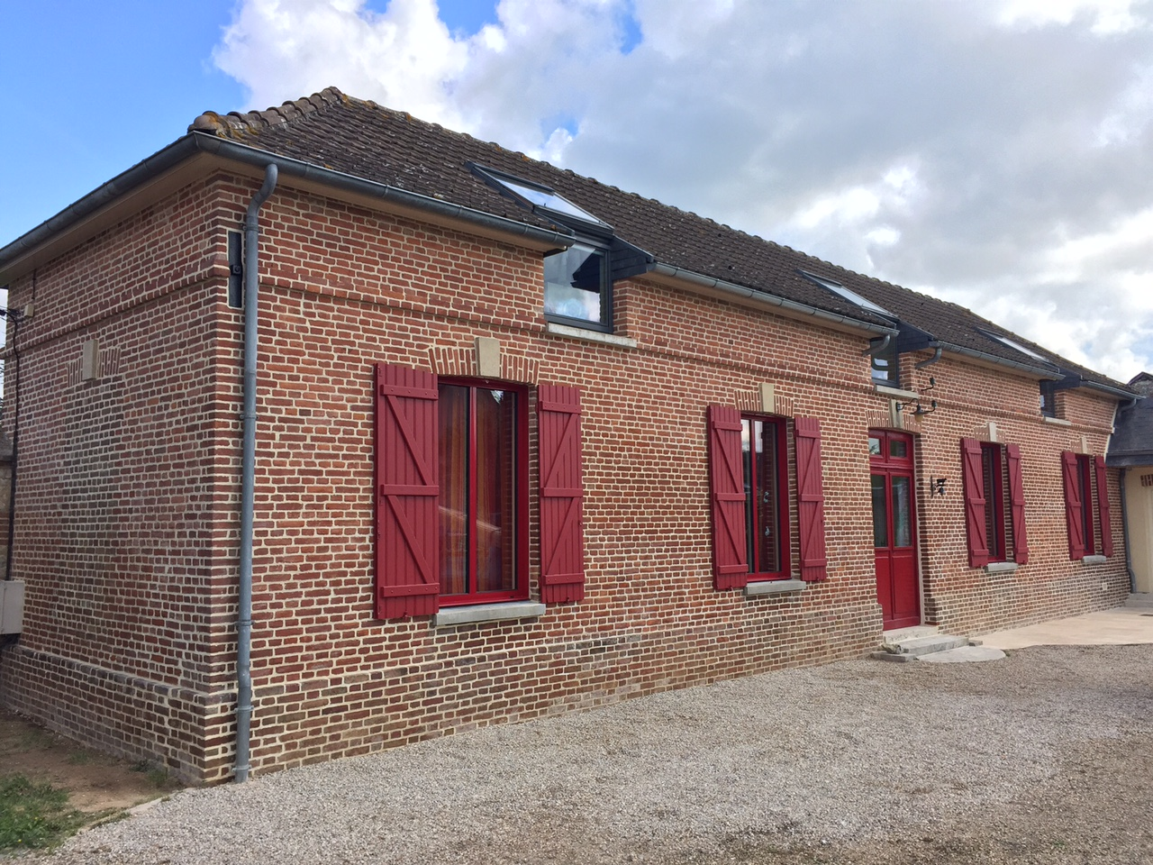Rénovation de façade joints de briques près de Louviers