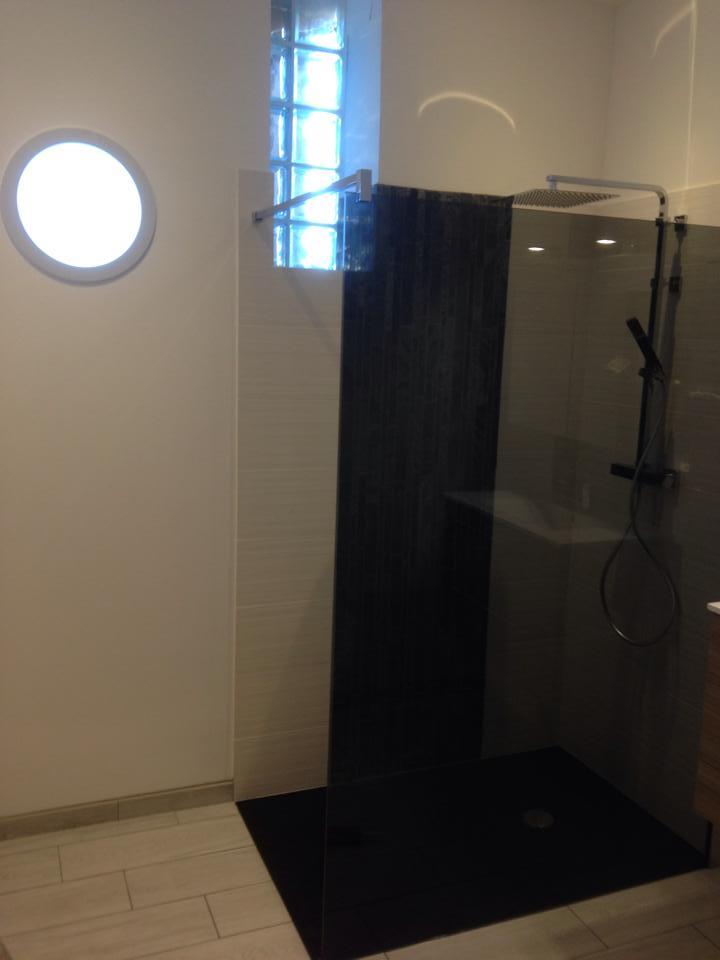 Création de salle de bain à Louviers douche à l'italienne