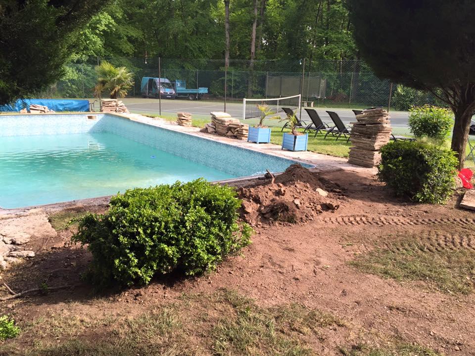 Réparation des canalisations de piscine à Louviers